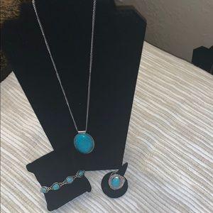 On Vacay Blue Necklace set